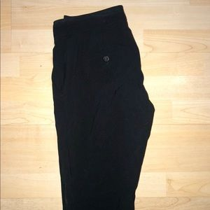 Theory crepe cropped pant